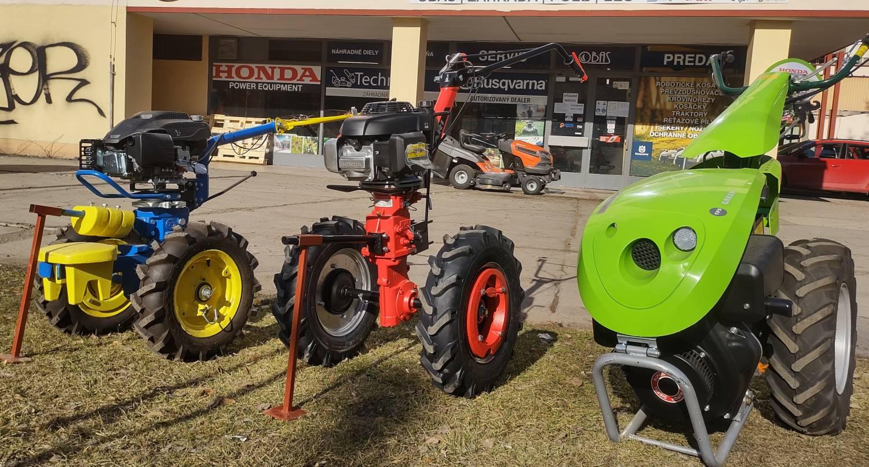 Malo traktory na porovnanie...
